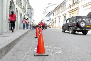 Carrera 7 con calle 3, Teatro Guillermo Valencia y Gobernación del Cauca.